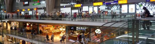 地下2階・三層のショッピングモールが拡がるライプツィヒ駅、Germany